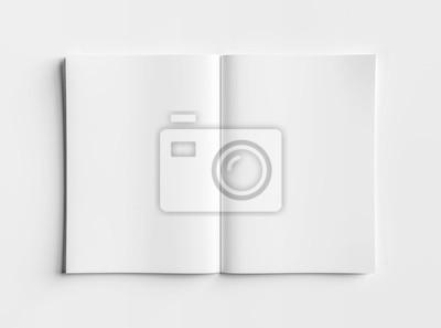 Obraz Odosobniony biały otwarty magazynu makieta na białym renderingu 3D