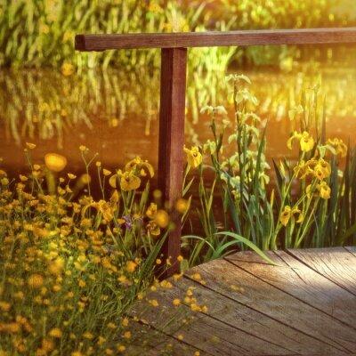 Obraz Ogród wodny ze starym drewnianym moście