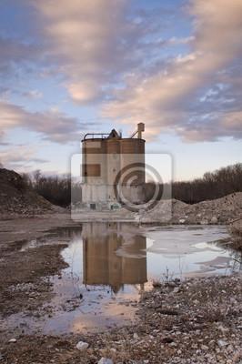 Opuszczona Cementownia at Sunset