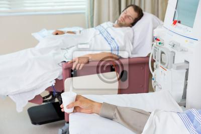 https://img.redro.pl/obrazy/pacjent-gospodarstwa-szkla-kruszonego-lodu-podczas-dializy-400-22706139.jpg