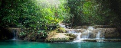 Obraz Panorama Erawan wodospad, piękny wodospad w lesie na Erawan Parku Narodowego - Piękny wodospad na rzece Kwai. Kanchanaburi, Tajlandia