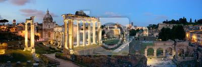 Panorama nocy Forum Rzymu