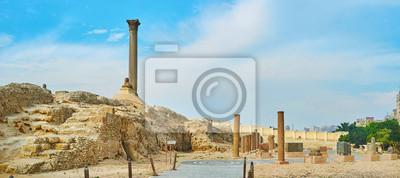 Panorama Serapeum z Pompey's Filar, Aleksandria, Egipt