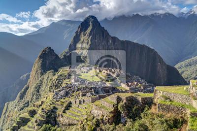 Panorama widok z Machu Picchu świętego zaginionego miasta Inków w Peru
