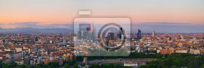 Panoramę miasta Mediolan