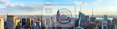 Obraz Panoramę Nowego Jorku z dachu z wieżowców miejskich przed zachodem słońca. Nowy Jork, USA. Zdjęcie panoramiczne.