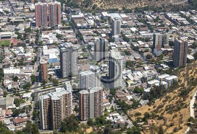 Panoramiczny widok centrum Santiago de Chile, Chile.