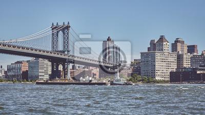Panoramiczny widok na Manhattan Bridge i Brooklyn, kolor stonowanych obraz, Nowy Jork, USA.