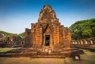 Park historyczny Phimai. Prasat Hin Phimai. Starożytna świątynia Khmerów w Tajlandii, Nakhon Ratchasima. Najważniejsza architektura Khmerów w Tajlandii.