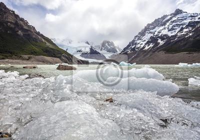 Park Narodowy Los Glaciares w Argentynie.