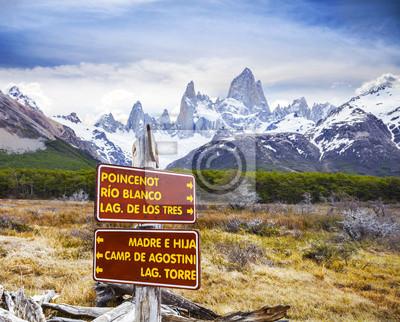 Park znaki w Los Glaciares National Park, Fitz Roy Mountain Ran