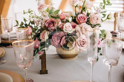 Obraz Piękna dekoracja stołu weselnego.