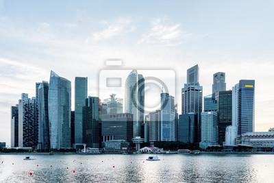 Piękna Singapur linia horyzontu. Widok śródmieście z drapaczami chmur