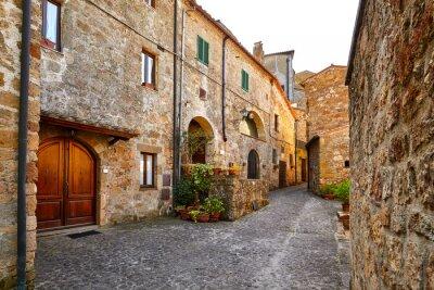 Obraz Piękne kolorowe ulice małego miasteczka w Toskanii we Włoszech