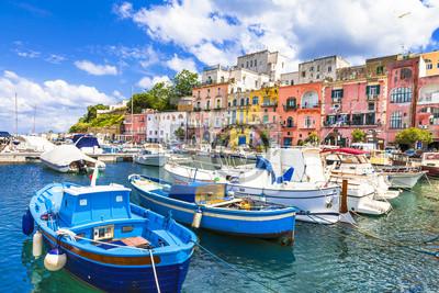 piękne włoskie wyspy - Procida (Kampania)