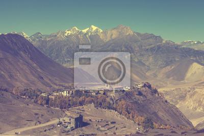 Piękne zabytkowe krajobraz górski, Himalajach w Nepalu.