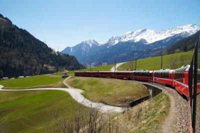 Obraz Piękny widok i Bernina Express pociągu ze Szwajcarii do Tir