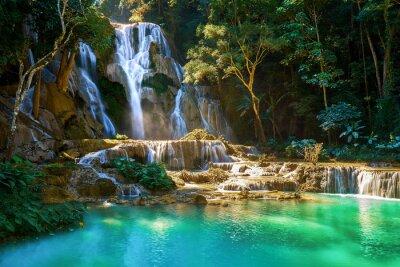 Obraz Piękny wodospad Kuang Si w Laosie