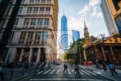 Obraz Piesi i budynki w Fulton i Broadway, na Manhattanie, Nowy Jork