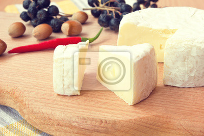 Obraz plastry camembert bliska