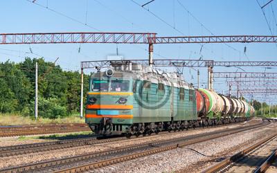 Pociąg towarowy z ładunków ciekłych na Ukrainie