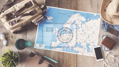 Obraz Podróżować pojęcie na drewnianym tle