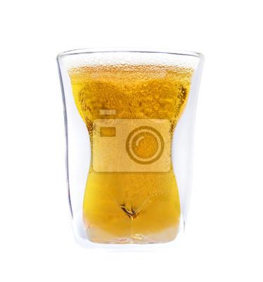 Pojęcie przyjemności, alkohol i piwo szkła w kształcie kobiety.