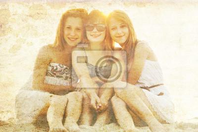 Portret trzech pięknych dziewczyn.