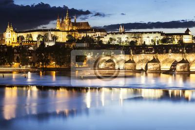 Praga w nocy, Czechy.