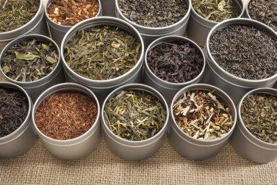 Obraz próbki herbaty w tle