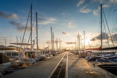 Obraz Przystań jachtowa wschód słońca