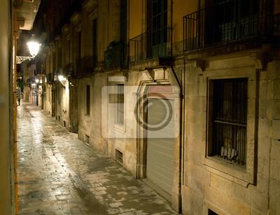 Puste alejki w Barcelonie. Hiszpania. Ulica Carrer dels Tallers.