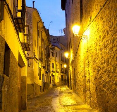 Puste uliczki w Cuenca. Hiszpania.