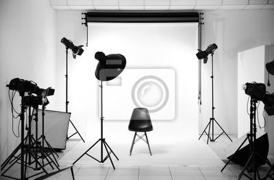 Obraz Pusty studio fotograficzne ze sprzętu oświetleniowego