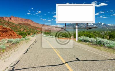 Pusty znak Billboard przez autostrady w Pustyni