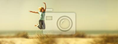 Obraz Radość skakać na plaży