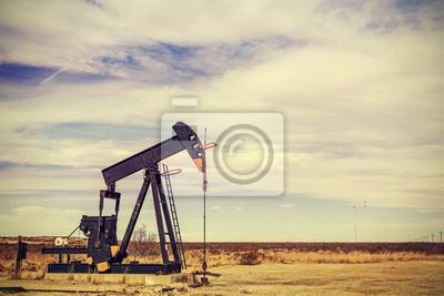 Retro filtrowany obraz Pumpjack oleju, Texas, USA.