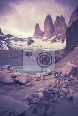 Retro filtrowany obraz Torres del Paine Park Narodowy.