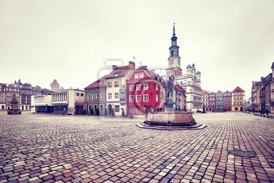 Rocznik tonujący obrazek rynek główny w Poznańskim Starym miasteczku, Polska.