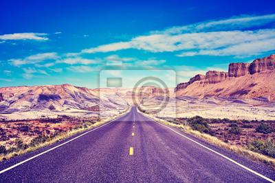 Rocznik tonujący obrazek sceniczna droga, podróży pojęcie, usa.