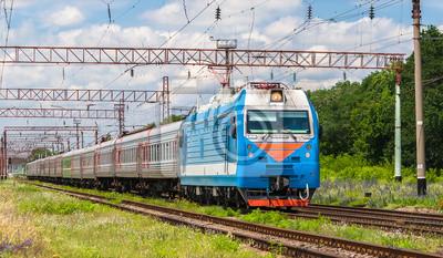 Rosyjski pociąg pasażerski na Ukrainie
