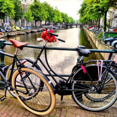 Obraz Rower nad kanałem w Amsterdamie, Holandia