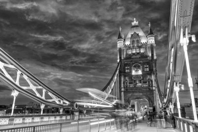 Obraz Ruch na Tower Bridge