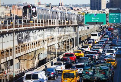 Rush Hour Ruch na Williamsburg Bridge w Nowym Jorku