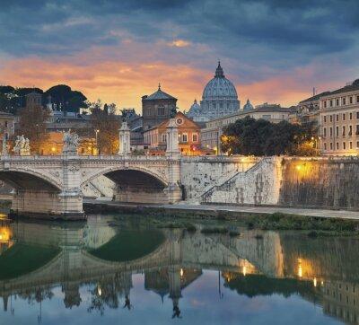 Obraz Rzym. Widok na most Vittorio Emanuele i katedry Świętego Piotra w Rzymie podczas zachodu słońca.
