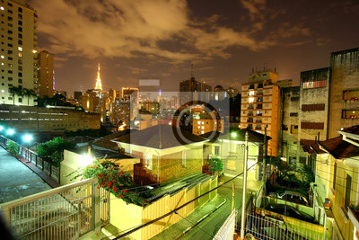 Sao Paulo skyline w nocy, Brazylia.