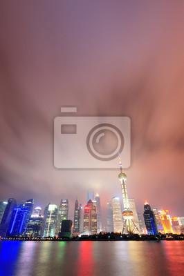 Shanghai skyline w nocy