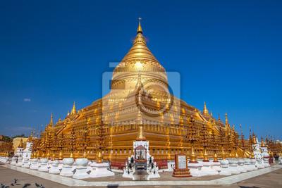 Shwezigon Paya, Bagan, Birma.