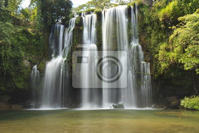 Silky Llano de Cortes Falls