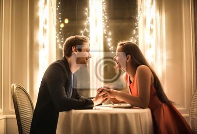 Obraz Słodka para o romantyczną kolację